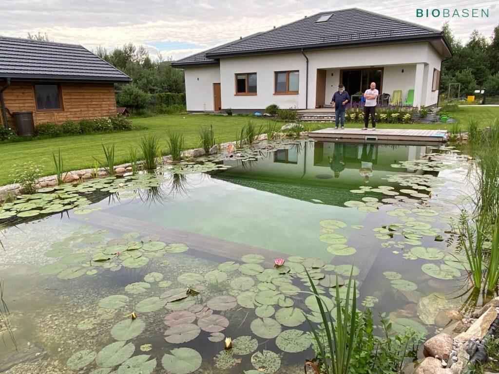 biobasen sposób na czystą wodę w stawie kąpielowym
